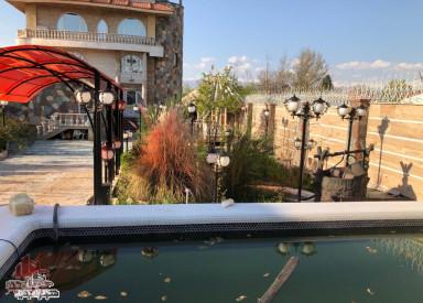 ویلای 1000 متری  در شهرک  زعفرانیه